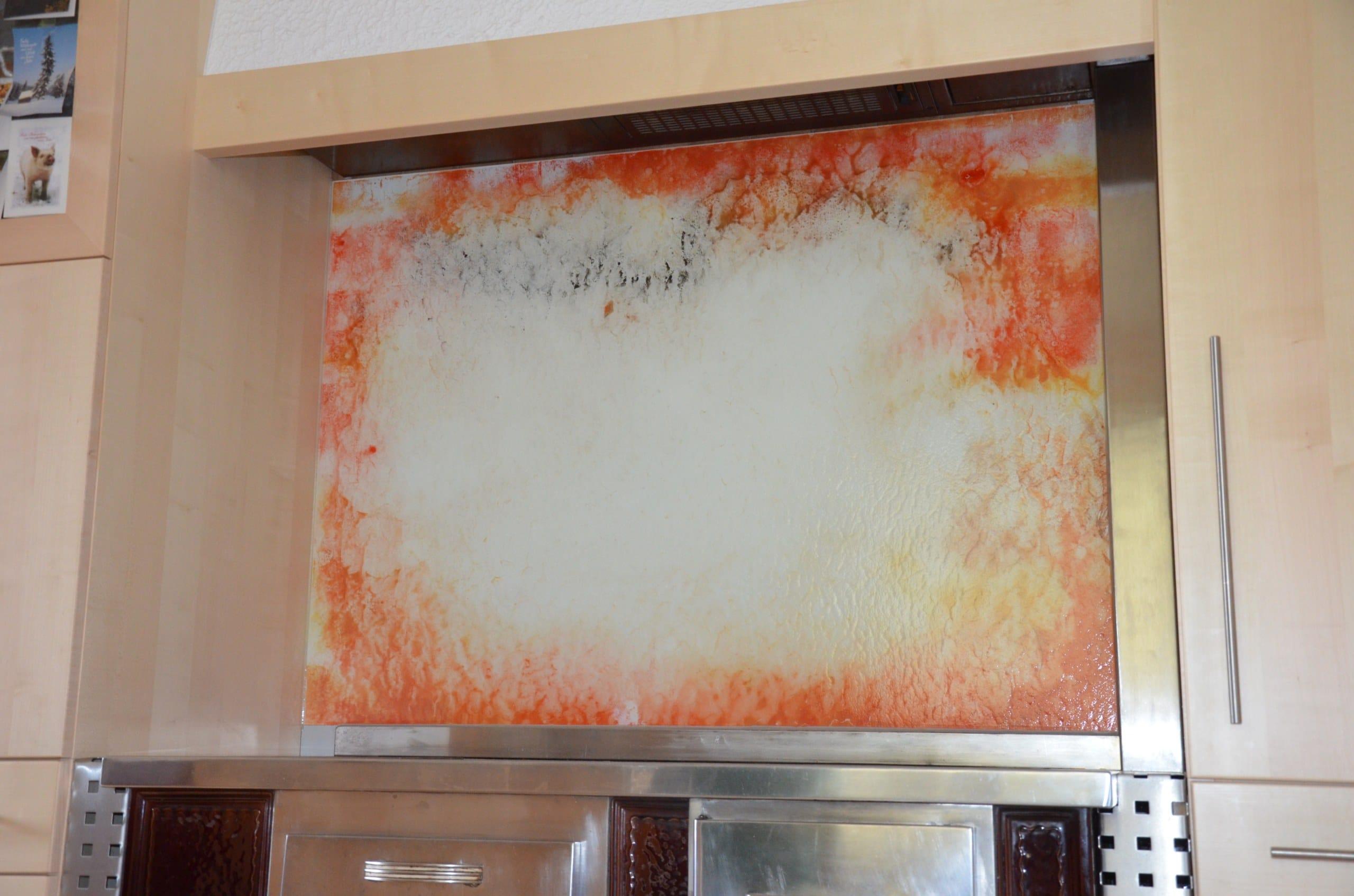 Küchenrückwand bemalt und lackiert
